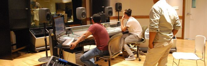 Different Services One Can Look For In A Recording Studio