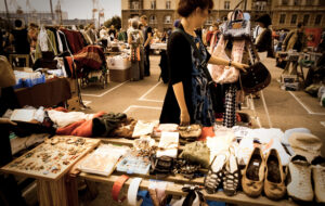 A Guide to Flea Market Shopping